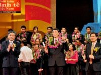Công ty cổ phần Tiêu Chuẩn Việt vinh dự nhận giải Thương Hiệu Mạnh Việt Nam 2011